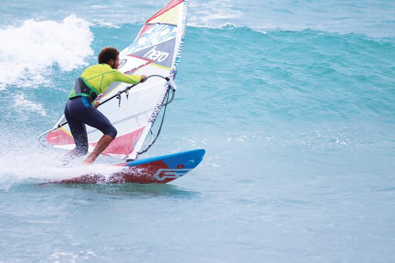 ionclub_sal_windsurf