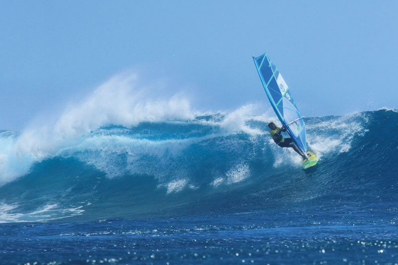 wave-action-windsurf-le-morne