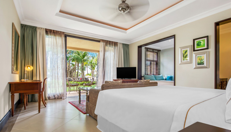 Westin-turtle-bay-family-room