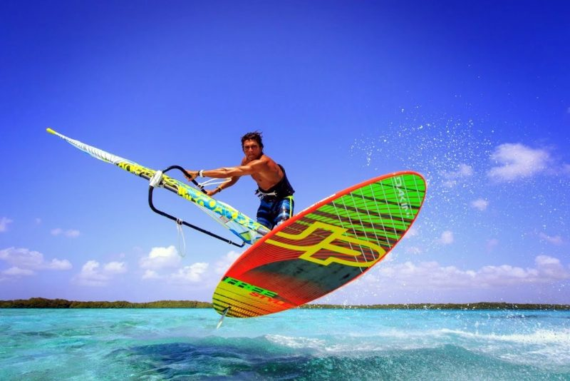 Bonaire-windsurfing