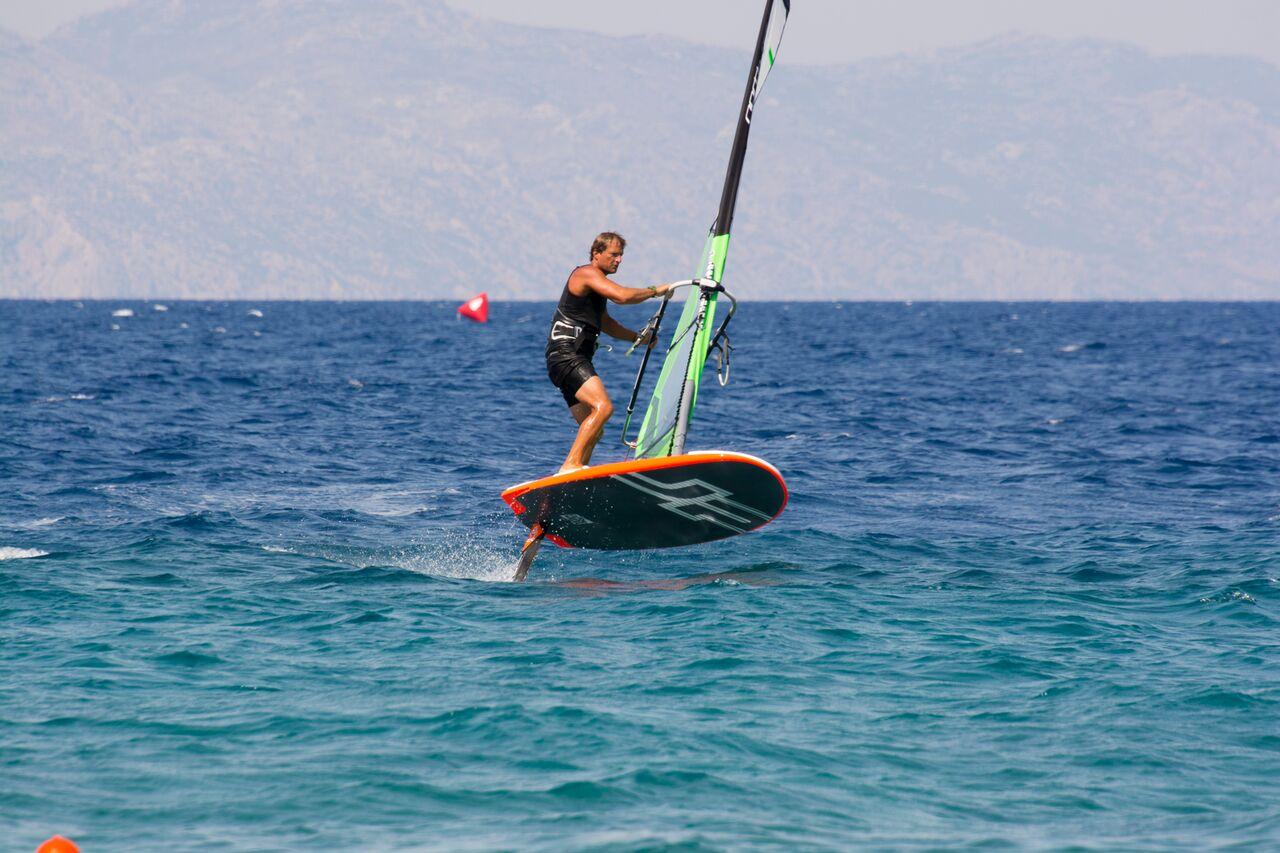 procentre-rhodes-windsurfing