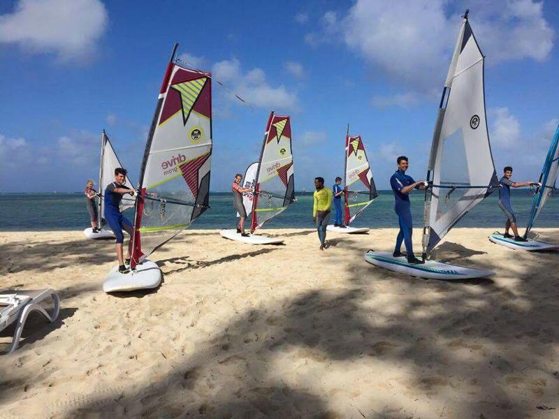 learn-windsurf-mauritius