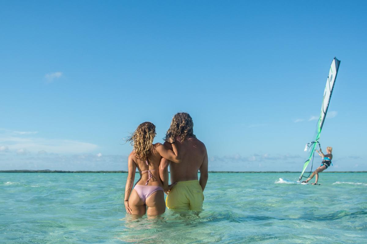 island-windsurf