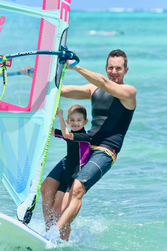 windsurfing-kids