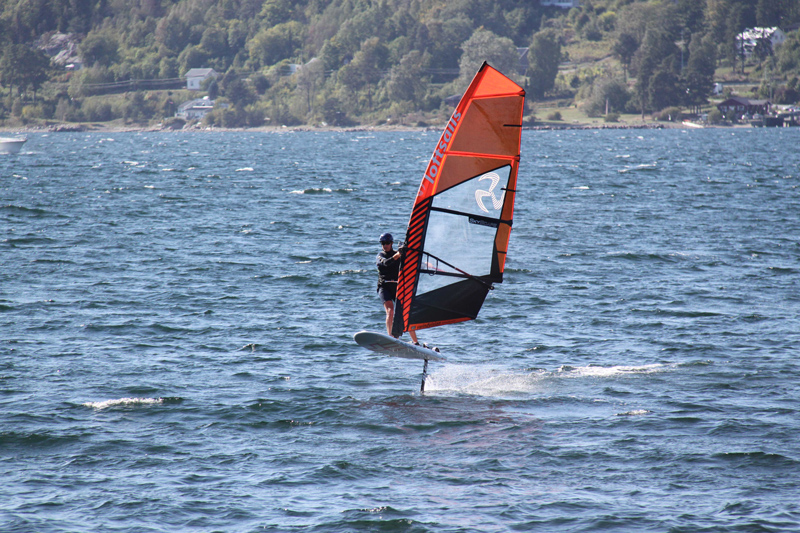 windfoiling