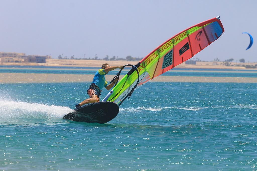 Soma_Bay-Windsurfing