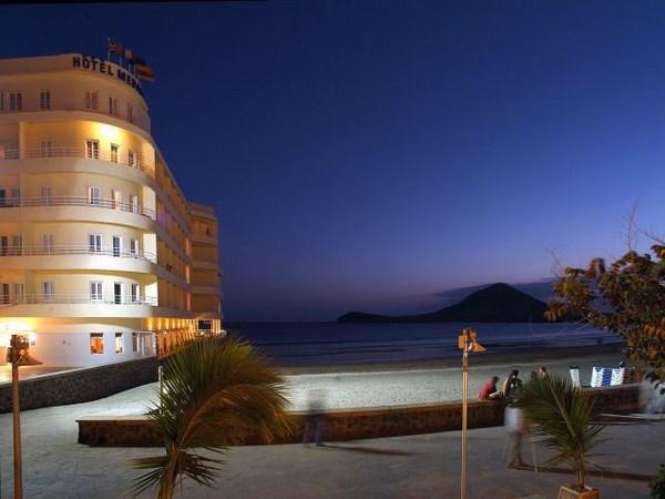 Hotels in tenerife  : Medano
