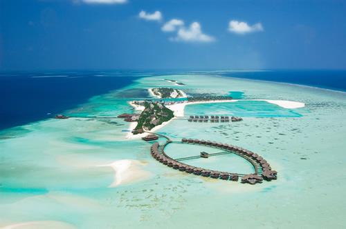 Hotels in maldives  : Olhuveli Beach & Spa Resort