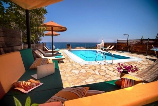 Hotels in zante  : Emerald Villas