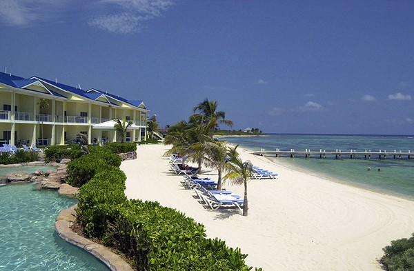 Hotels in grand cayman  : The Reef Resort