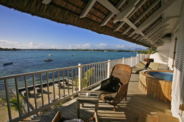 Hotels in anse la raie  : 20 Degrees South